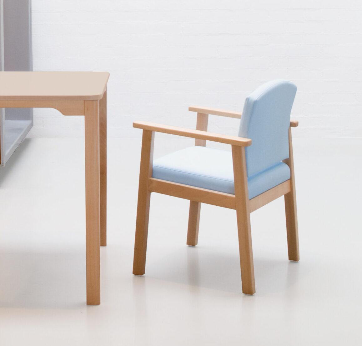 Cadira amb braços Senta